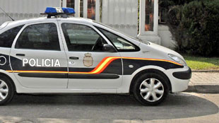 800 euros d 39 amende pour avoir diffus une photo de voiture de police mal gar e rtl info. Black Bedroom Furniture Sets. Home Design Ideas