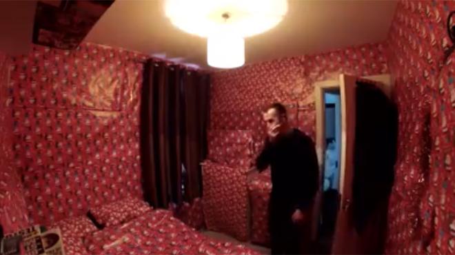 Il d teste no l ses colocataires emballent sa chambre for Chambre entiere