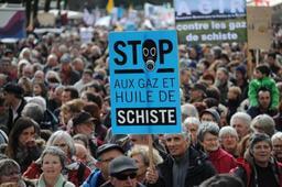 France: quelques milliers de manifestants contre le gaz de schiste dans le sud