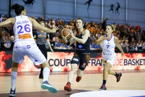 Basket f minin bourges s 39 impose en finale aller contre - Finale coupe de france basket feminin ...