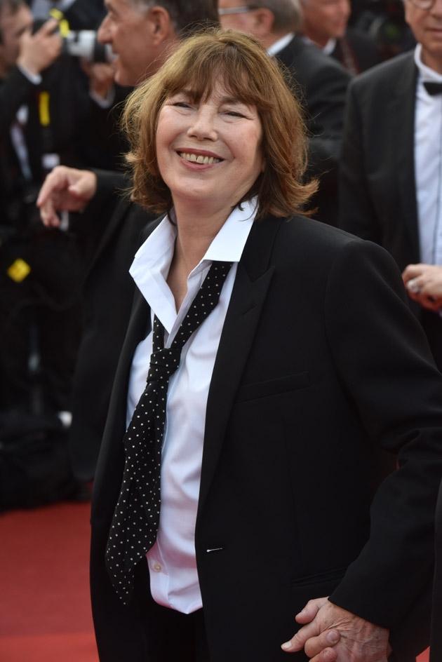 Jane Birkin méconnaissable à la montée des marches du ... Charlize Theron Son