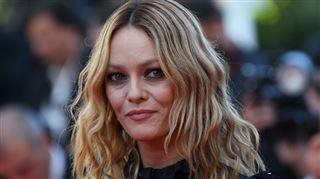 Johnny Depp violent? Vanessa Paradis prend sa défense- Les allégations qui ont été faites sont scandaleuses 4