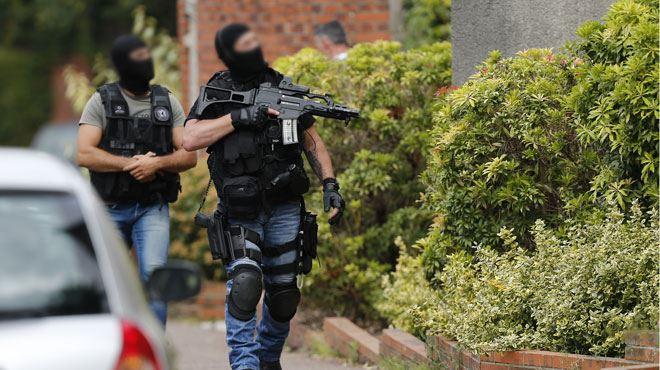 Prêtre tué par deux terroristes dans une église en France- perquisition au domicile des parents de l'un des assaillants 1
