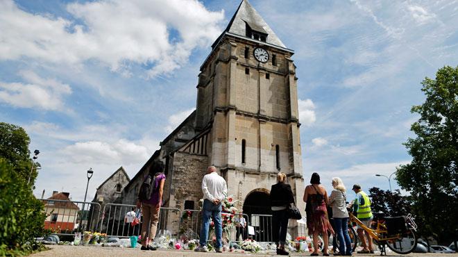 Une garde à vue levée après l'attaque de l'église — France