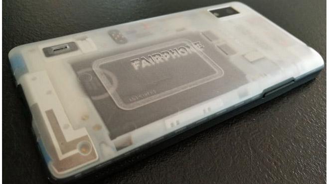 Nous avons essayé le Fairphone, un smartphone équitable et responsable, qui pourrait changer le monde (photos)