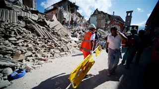 Le bilan du séisme en Italie s'alourdit à 247 morts- Ma soeur et son mari sont sous les décombres 2
