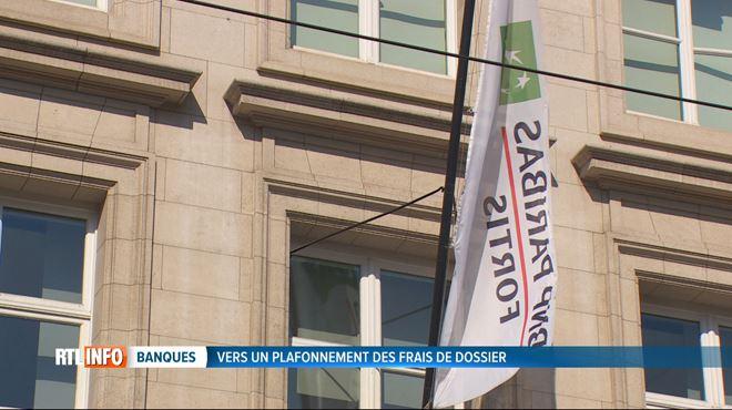 Les frais de dossier pour les refinancements de crédits hypothécaires augmentent- BNP Paribas DOUBLE ses tarifs (vidéo) 1