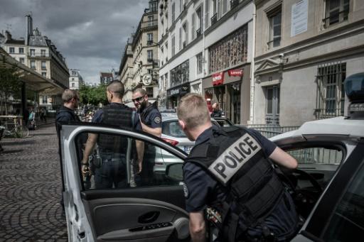 Intervention en cours dans le centre de Paris, dit la préfecture