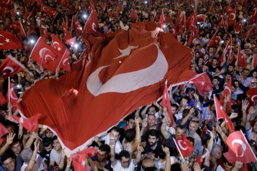 Turquie : environ 32 000 personnes arrêtées dans l'enquête sur le putsch avorté