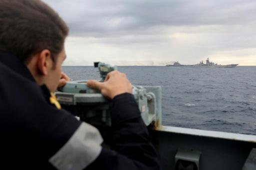 Une armada russe traverse la Manche sous haute surveillance
