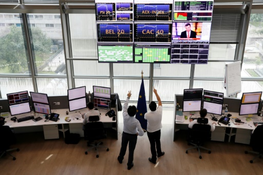 Présidentielle américaine : les marchés financiers mondiaux dévissent