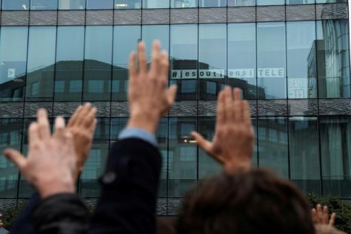 Les employés d'iTELE votent la poursuite du mouvement le 7 novembre 2016 à Boulogne-BillancourtTHOMAS SAMSON