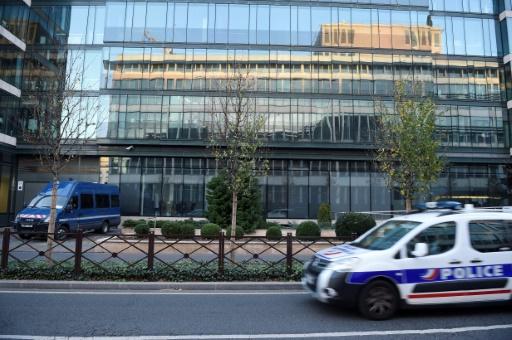 Deux suspects relâchés — Menace d'attentat