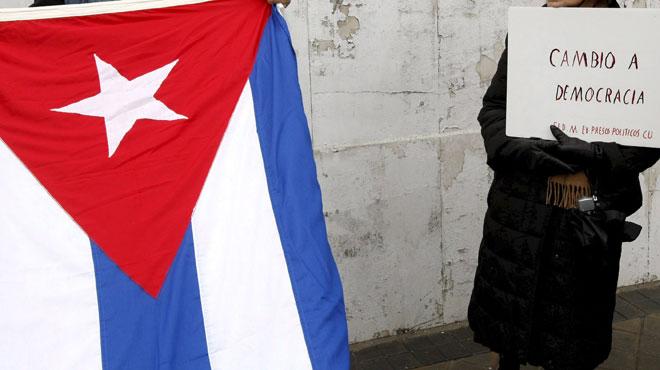 Nouvelle cérémonie d'hommage avec les chefs d'Etat mardi soir — Fidel Castro