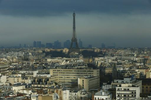 Paris - Tour Eiffel: poursuite de la grève mardi soir, nouvelle AG mercredi