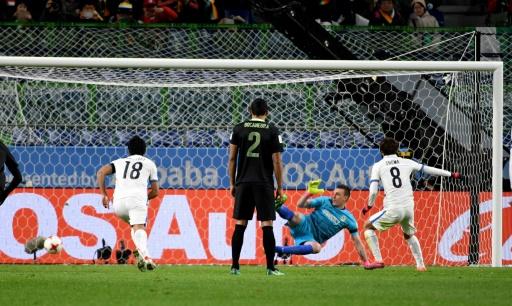 Un penalty accordé grâce à la vidéo — Mondial des clubs
