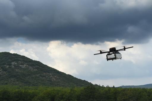 La Poste se met aux drones