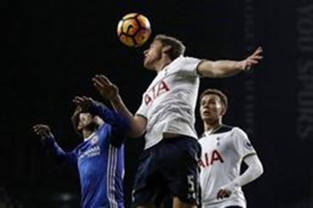 Dele Alli et Tottenham font plier Chelsea