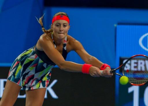 Kirsten Flipkens battue par Monica Niculescu, Elise Mertens qualifiée sur abandon — Hobart