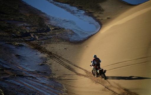 Abandons en série après Quintanilla, 2e au général moto — Dakar