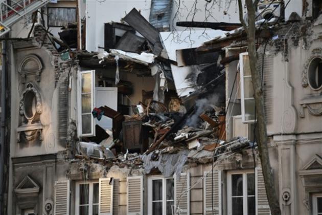 Explosion dans un immeuble à Boulogne-Billancourt (F)