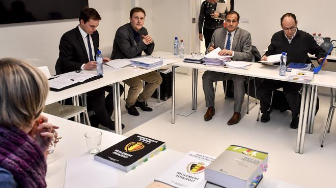 Charleroi standard arr t les repr sentants carolos for Chambre d arbitrage