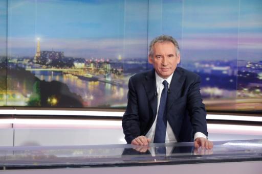François Fillon réfléchit à une émission télé de la dernière chance