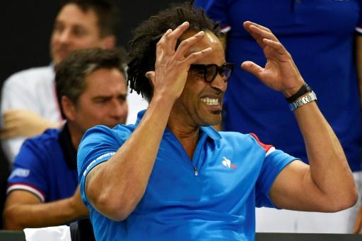 La France éliminée après les défaites de Mladenovic et Parmentier — Fed Cup