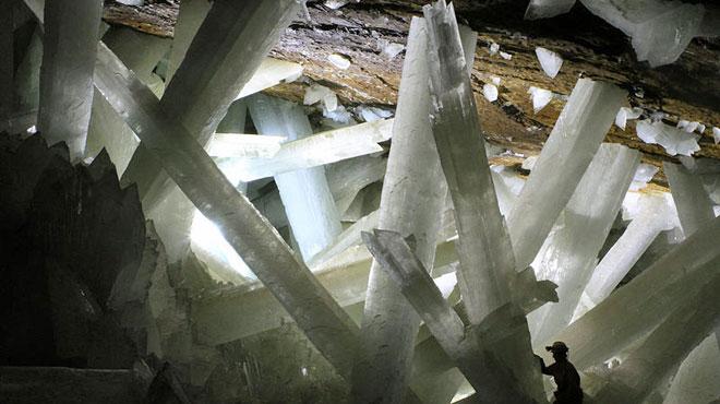 Des organismes ont survécu 60.000 ans dans des grottes: le signe qu'une vie extraterrestre est possible?