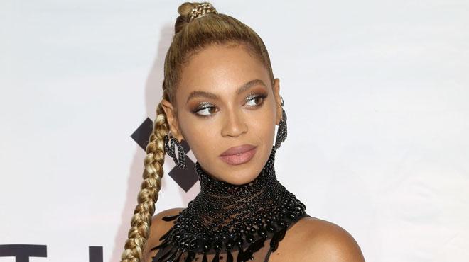 Elle ne chantera pas à Coachella — Beyoncé enceinte