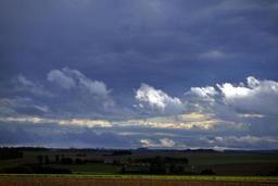 Météo - Quelques éclaircies l'après-midi avant un dimanche et une semaine très nuageux