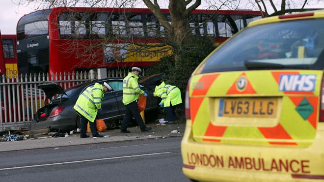Un conducteur fonce sur des piétons et fait des blessés — Londres