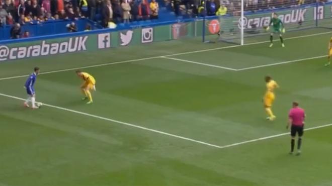 Chelsea chute, Tottenham en profite — Ang