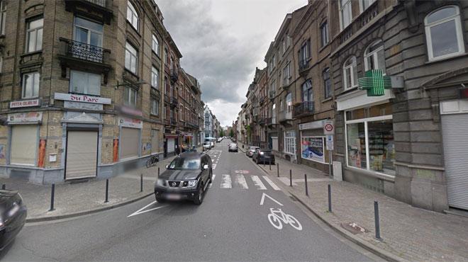 Que faisait un policier bruxellois en civil près des lieux d'une fusillade avec une grenade dans son coffre?