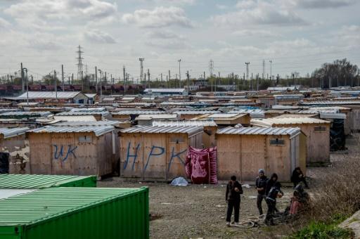 Grande-Synthe : Un violent incendie ravage un camp de migrants
