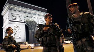 Attentat des Champs-Elysées- avis de recherche pour un second suspect arrivé en train depuis la Belgique?