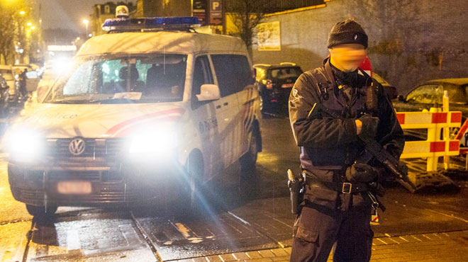 Perquisitions à Molenbeek, Ganshoren et Roosdaal dans un dossier de terrorisme: 5 personnes interpellées