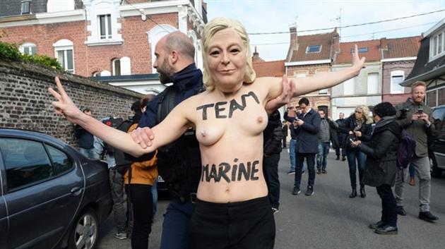 Marine Le Pen repart en campagne et attaque Macron — Présidentielle