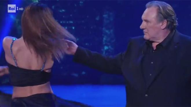 Gérard Depardieu dans Danse avec les Stars... en Italie