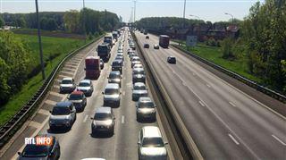 Plusieurs véhicules impliqués dans un carambolage sur la E40 2