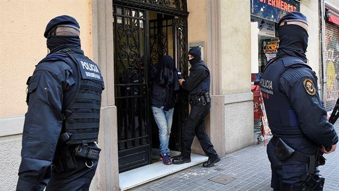 Deux djihadistes présumés arrêtés en Espagne étaient à Bruxelles lors des attentats 1
