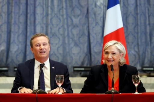 Quand Nicolas Dupont-Aignan qualifie les manifestants à Yerres d'