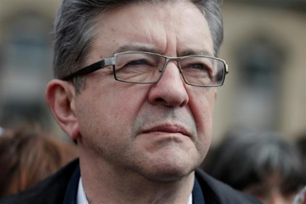 Nicolas Dupont-Aignan critique