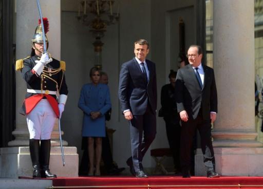 Le jeune centriste Emmanuel Macron devient le 26e président — France