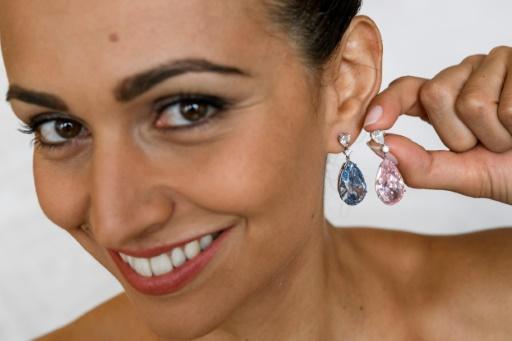 57 millions de dollars pour des boucles d'oreilles en diamant