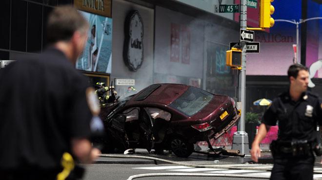 Piétons renversés à Times Square: le chauffard inculpé de meurtre et de 20 tentatives de meurtre