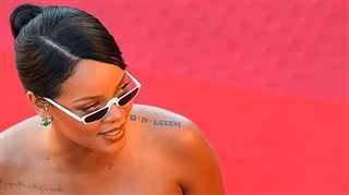 Rihanna fait sensation sur le tapis rouge du Festival de Cannes (vidéo)