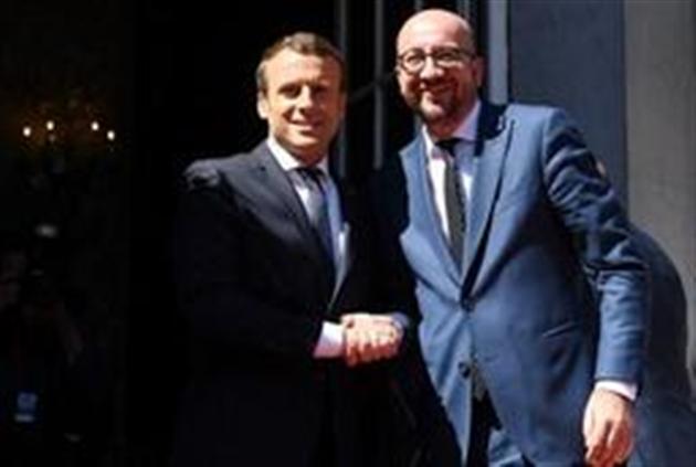 Macron demande à Washington d'éviter une