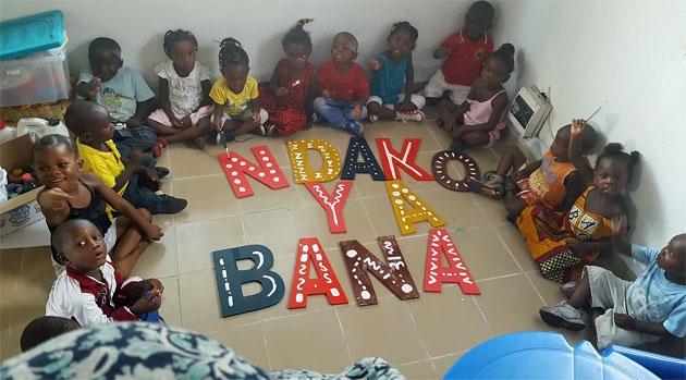 """Résultat de recherche d'images pour """"kinshasa repas enfants de rue"""""""