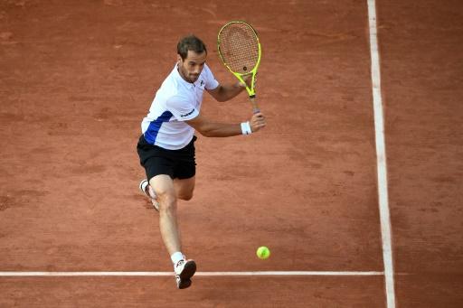 Les matchs reportés à dimanche à cause de la pluie — Roland-Garros